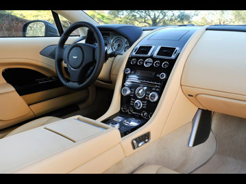 aston-martin rapide-60-s-touchtronic-2016 painel