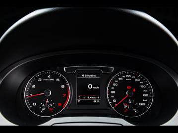 audi q3-14-tfsi-attraction-plus-s-tronic-flex-2017 instrumentos