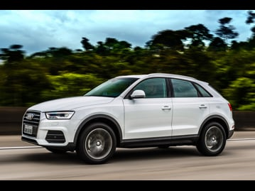 audi q3-14-tfsi-attraction-plus-s-tronic-flex-2017 lateral