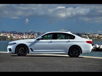 bmw 540i-m-sport-2017 lateral