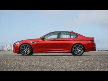 bmw m5-44-v8-2015 lateral