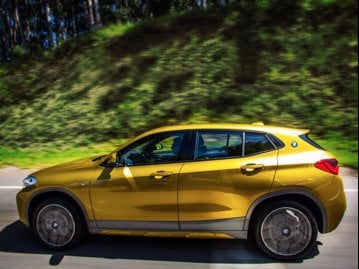 bmw x2-sdrive-20i-20-turbo-2018 lateral