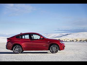 bmw x4-30-xdrive35i-m-sport-2017 lateral
