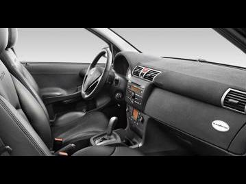 fiat stilo-blackmotion-dualogic-18-8v-flex-2011 bancos