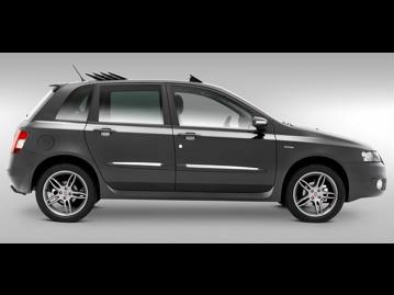 fiat stilo-blackmotion-dualogic-18-8v-flex-2011 lateral