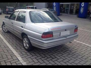 ford verona-20-is-1996 traseira