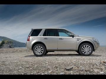 land-rover freelander-2-hse-22-sd4-2015 lateral