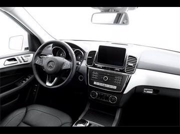 mercedes-benz gle-350-d-sport-4matic-2017 painel