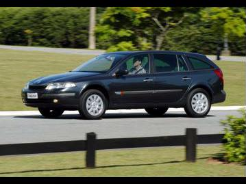 renault laguna-touring-grand-tour-privilege-v6-30-24v-2003 lateral