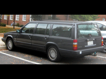 volvo 940-station-wagon-30-turbo-1991 traseira