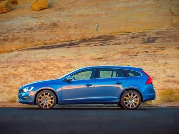 volvo v60-20-t5-drivee-momentum-2016 lateral